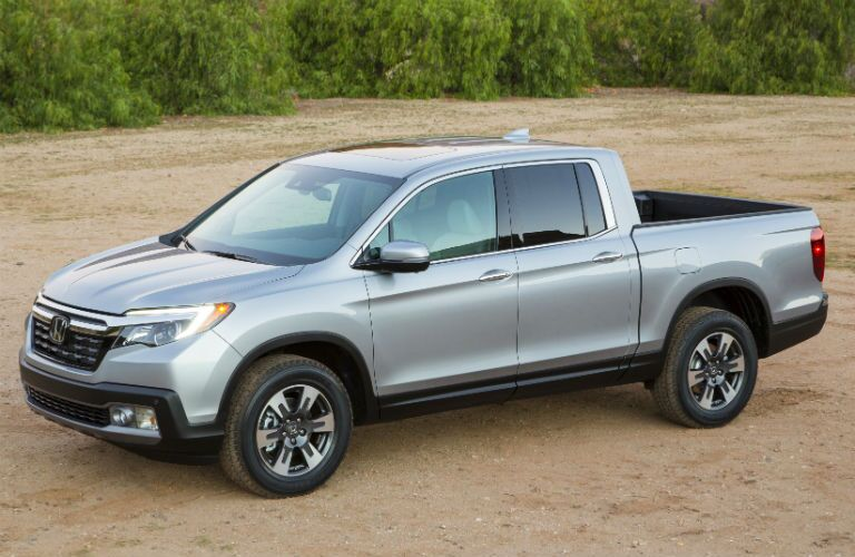 Side View of the Honda Ridgeline in Blue