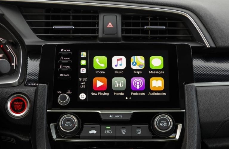 2020 Honda Civic Coupe touchscreen display