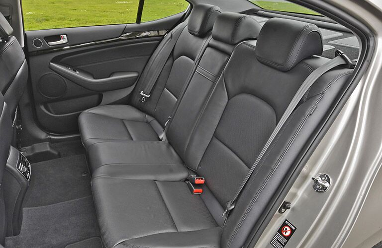 2016 Kia Cadenza seat material