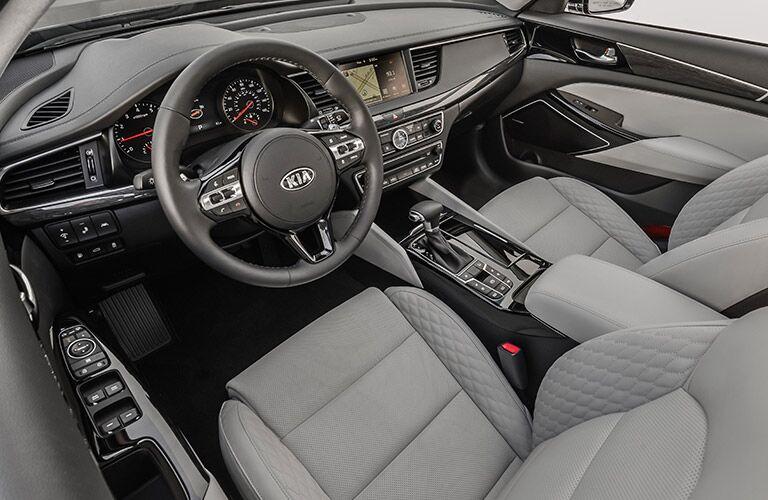 2017 Kia Cadenza seating material