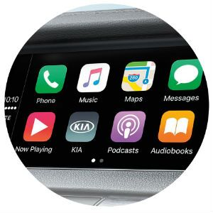 Does the Kia Cadenza have Apple CarPlay?
