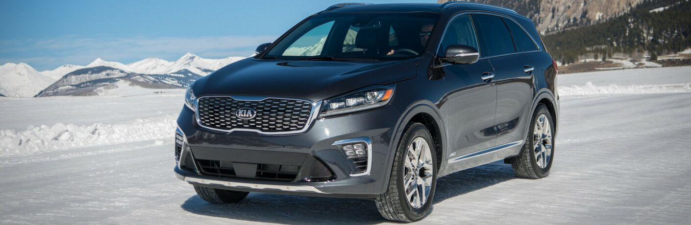 2019 Kia Sorento Front View of Dark Exterior with Snowy Background