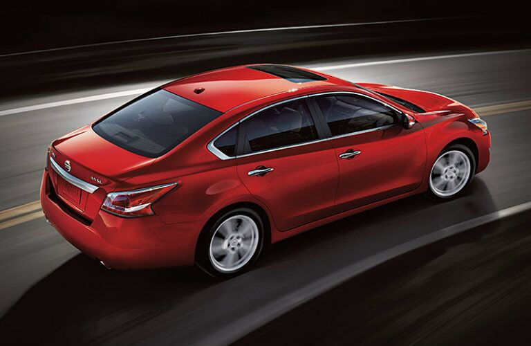 2015 Nissan Altima exterior driving