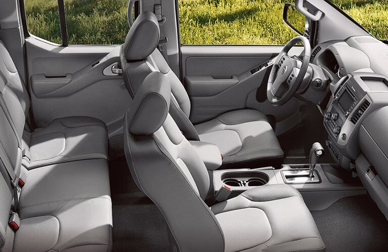 plush interior of 2016 nissan frontier