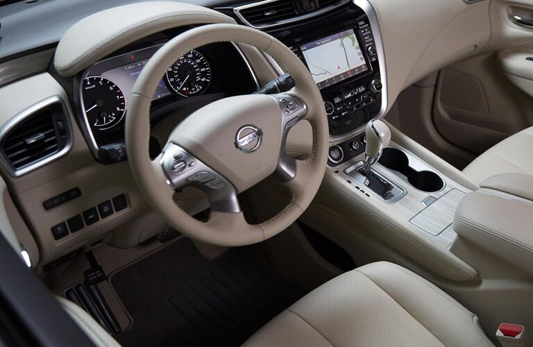 interior dashboard setup of nissan murano