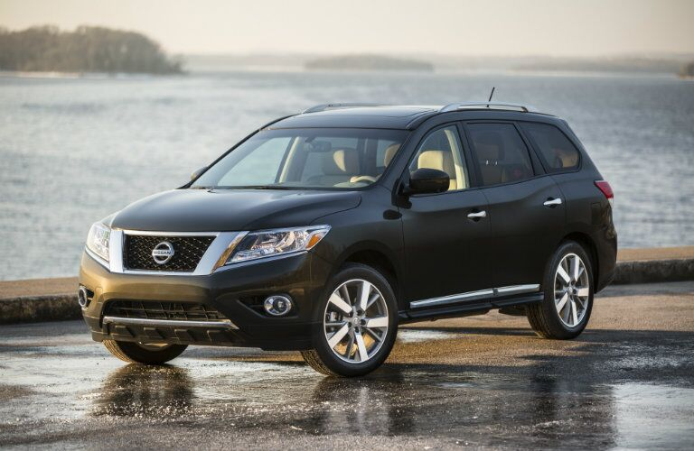 2016 Nissan Pathfinder exterior styling