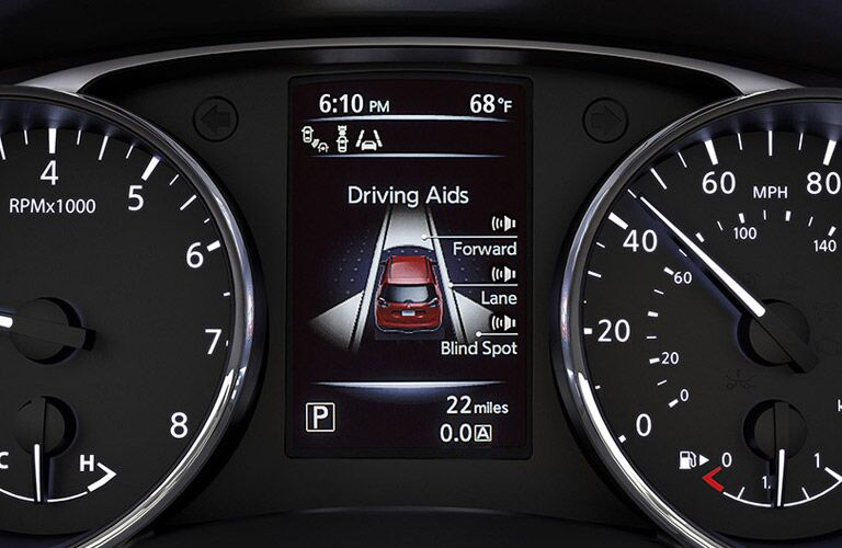 drive assist display nissan rogue