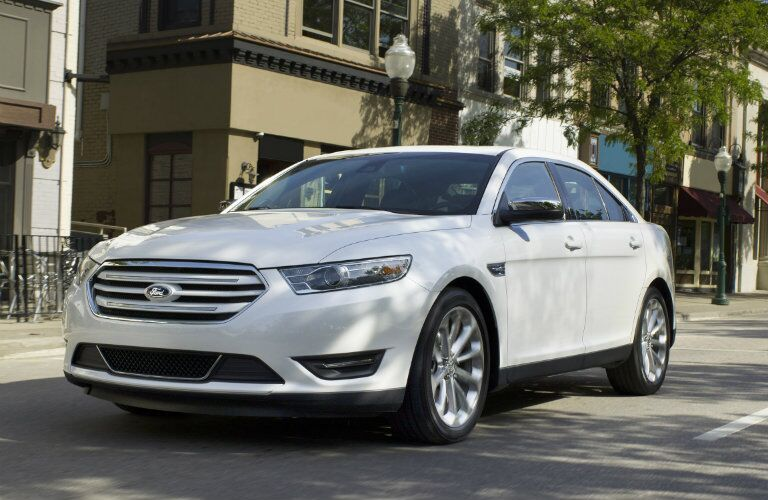 2015 Ford Taurus design and styling
