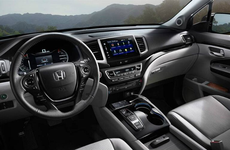 2016 Honda Pilot interior styling and features