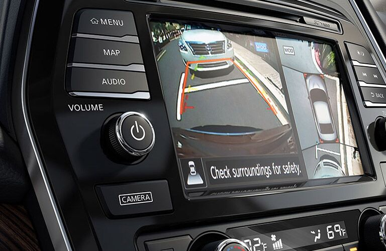 rearview camera of 2016 nissan maxima