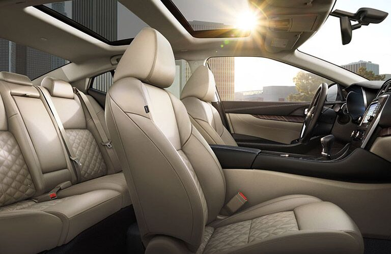 2016 Nissan Maxima interior seating styling and features