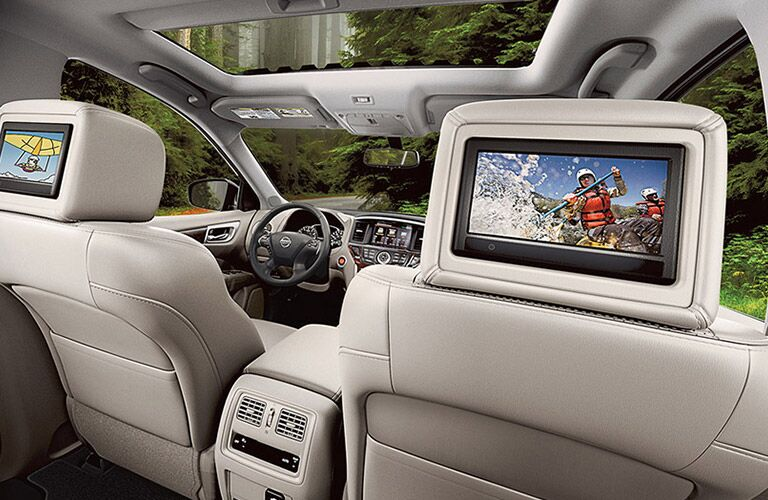 tri zone entertainment system of nissan pathfinder