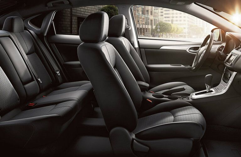 2015 nissan sentra interior features