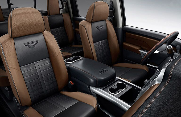 front cabin of 2016 nissan titan xd