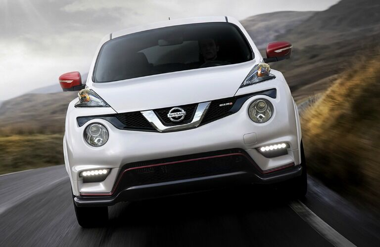 front view of nissan juke nismo