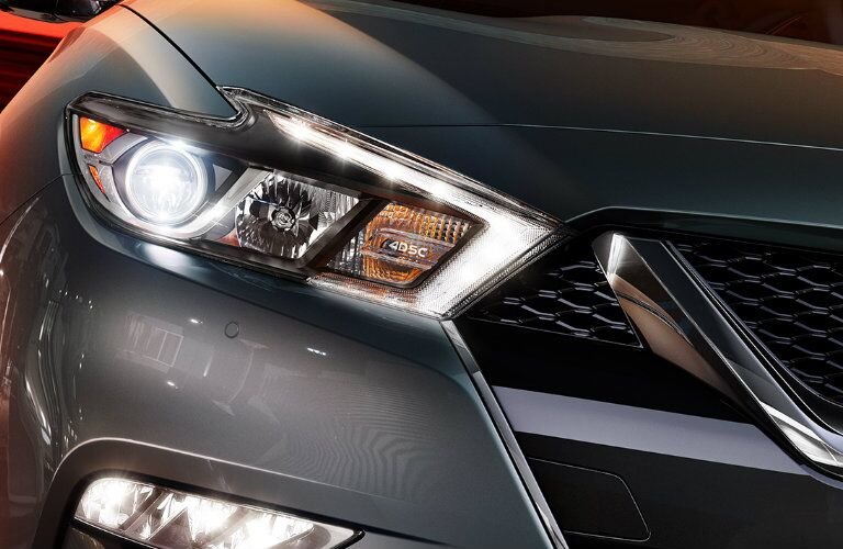 boomerang headlights on nissan maxima