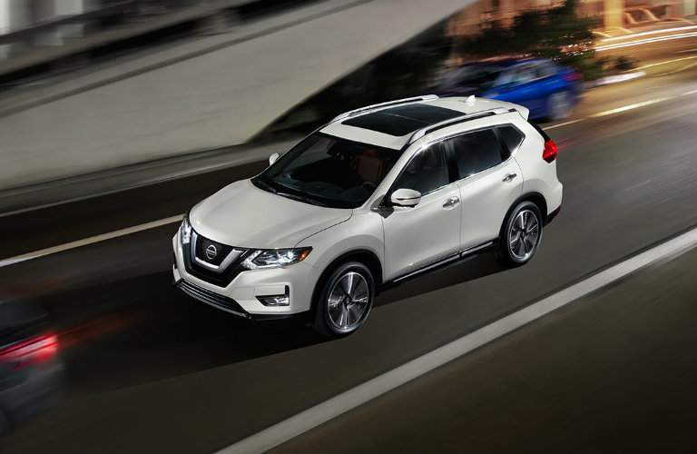 2017.5 Nissan Rogue White Exterior