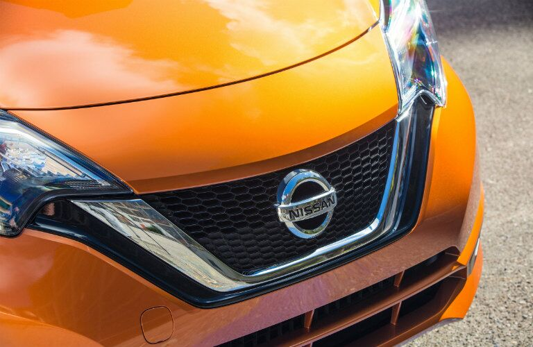 2017 nissan versa note new grille design