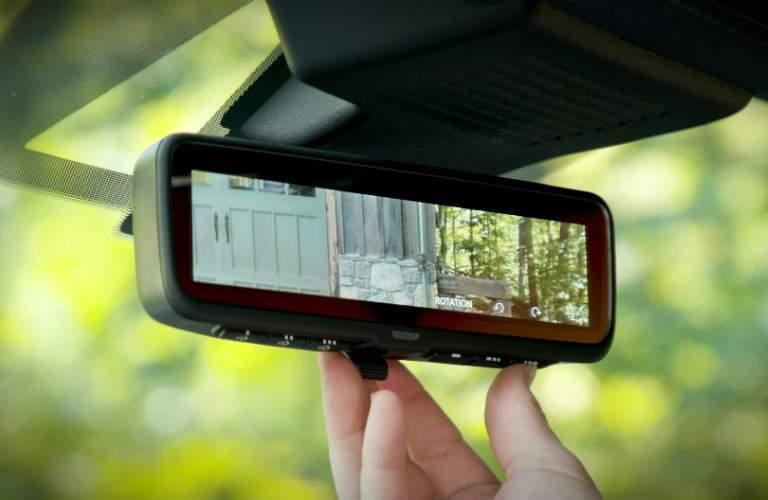 2018 Nissan Armada Platinum Reserve  intelligent rearview camera
