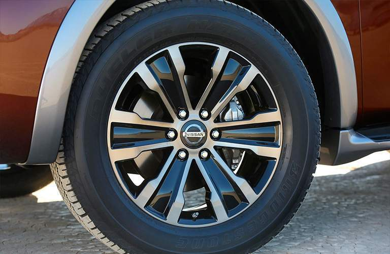 2018 Nissan Armada wheel