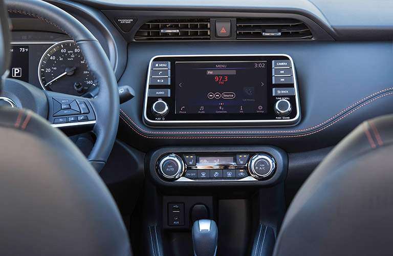Radio in the 2018 Nissan Kicks