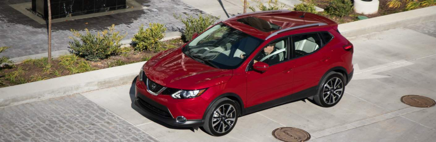 Red 2018 Nissan Rogue Sport