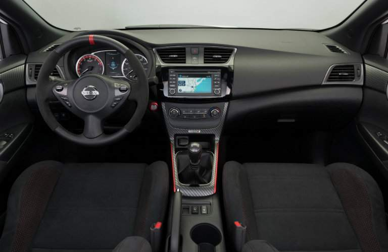 2018 Nissan Sentra Nismo interior