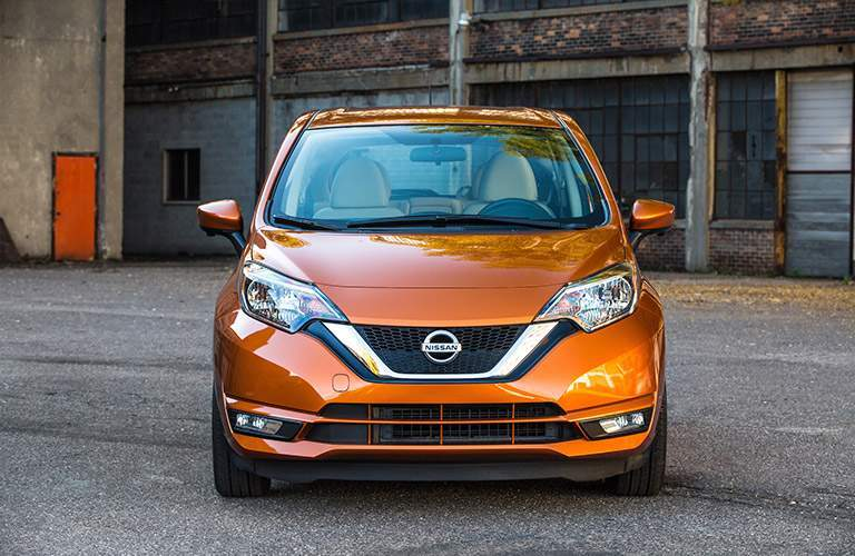 Front end of orange 2018 Nissan Versa Note