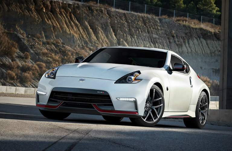 2018 Nissan 370z Coupe Nismo pearl white