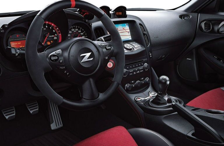 Steering wheel of the 2018 Nissan 370Z