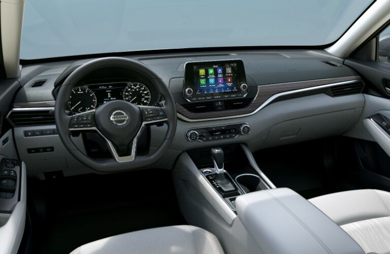 Cockpit view of the 2019 Nissan Altima
