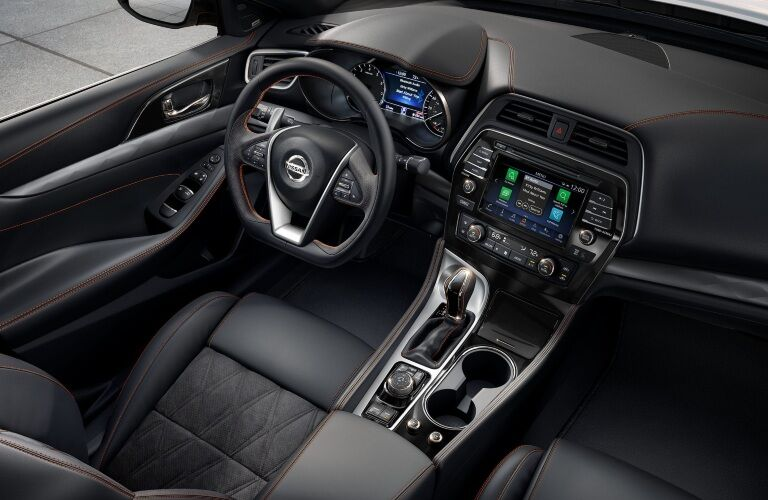 Overhead cockpit view of the 2019 Nissan Mazima