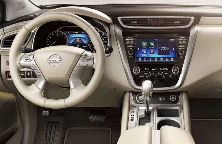 Cockpit view in the 2019 Nissan Murano