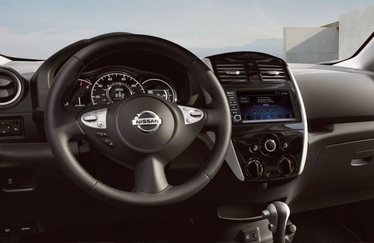 Steering wheel and infotainment system in the 2019 Nissan Versa Note