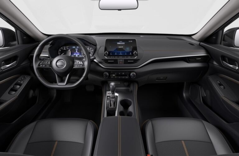 Cockpit view in the 2020 Nissan Altima SR