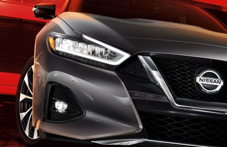 Front grille and headlights of 2020 Nissan Maxima