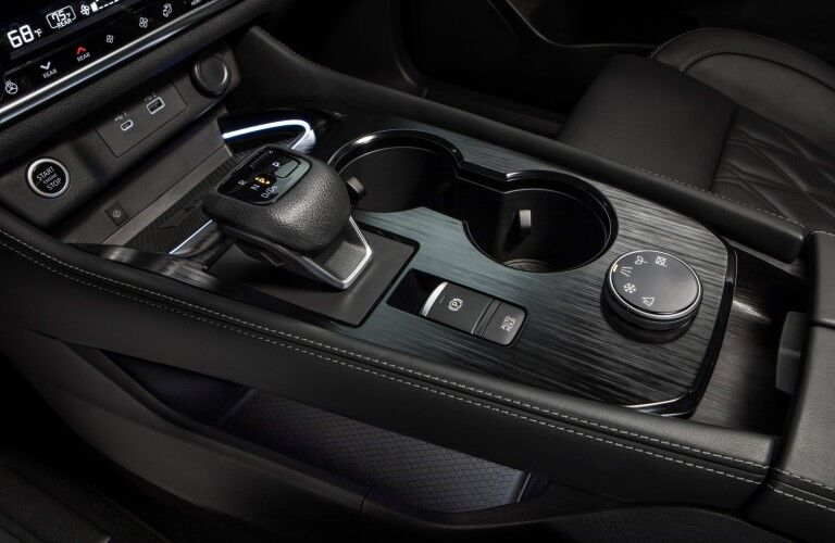 gear shift in the 2021 Nissan Rogue