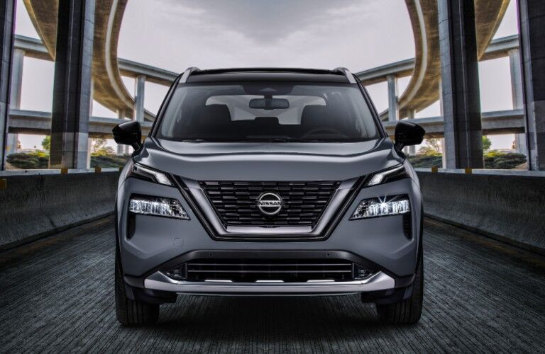 front view of silver 2021 Nissan Rogue