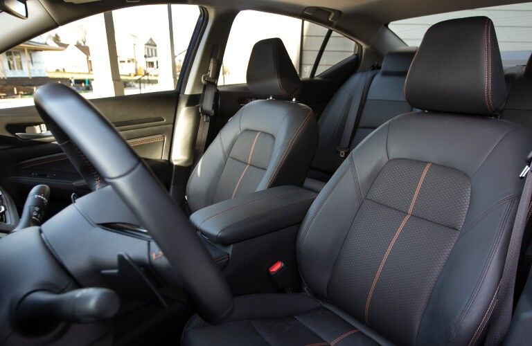 2021 Nissan Altima front seats