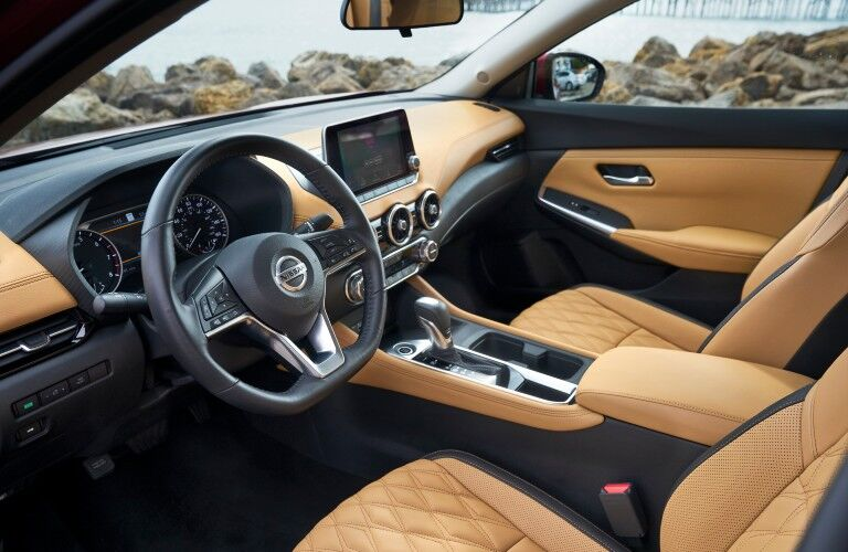 front interior of the 2021 Nissan Sentra