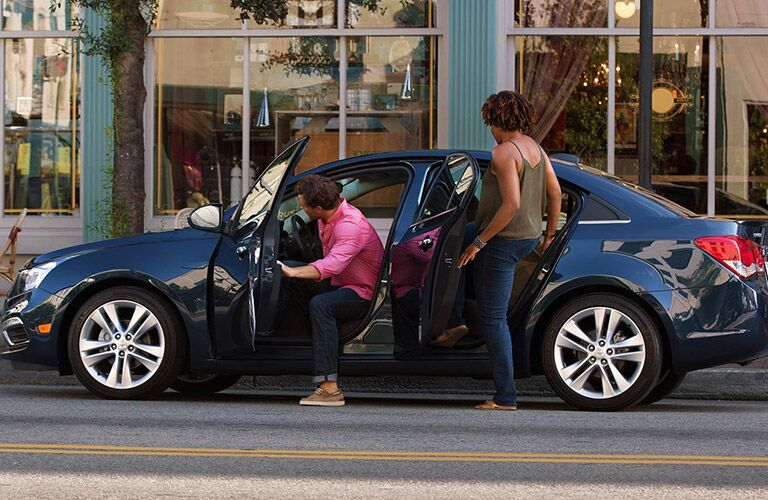 Ample passenger space 2016 Chevy Cruze