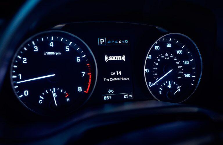 speedometer and radio information on the 2017 Hyundai Elantra