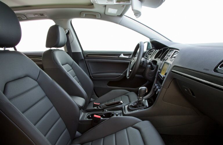 2016 VW Golf SportWagen interior seating, style and features