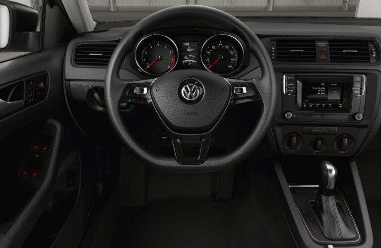 2016 VW Jetta interior steering wheel technology