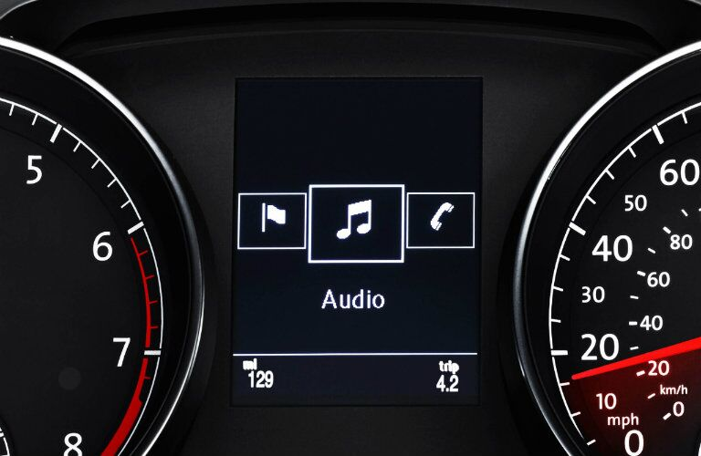 audio and technology in vw golf sportwagen