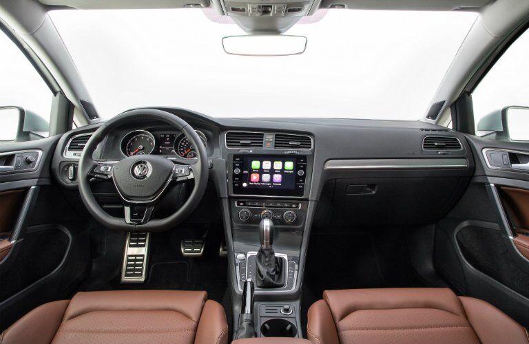 2018 Volkswagen Golf Alltrack interior