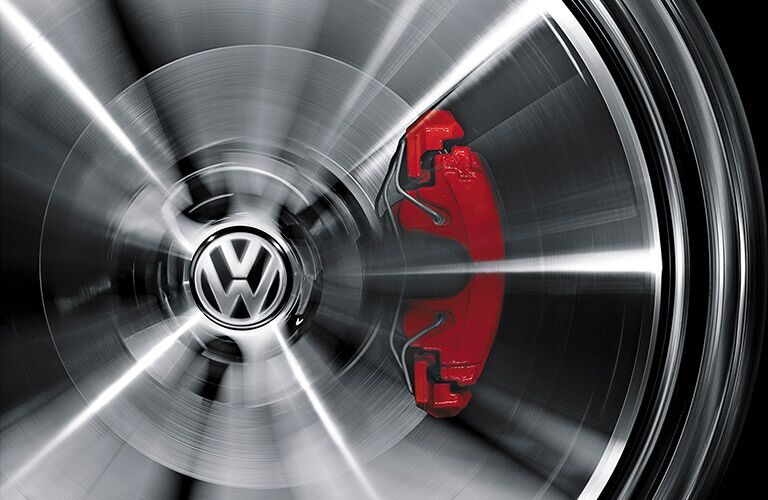 2016 VW Beetle R-Line red calipers