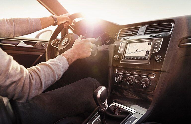 2016 Volkswagen Golf GTI Autobahn navigation