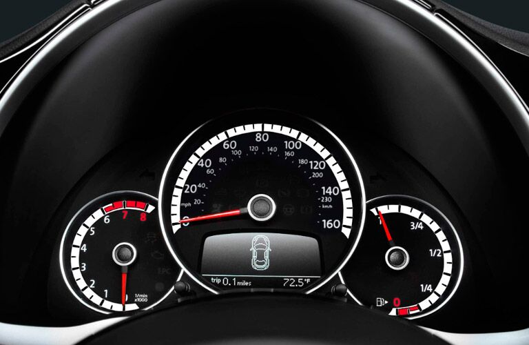 2017 vw beetle retro modern gauges