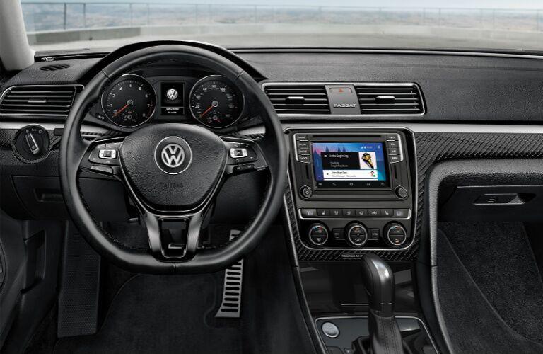 2019 VW Passat dashboard showcase